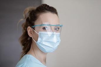 8月5日FDA认证颁发外科口罩新的紧急使用EUA授权